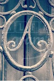 Alphabet photographique. Alfagram, lettre A. Objet déco. Un cadeau photo personnalisé et original. Porte parisienne.