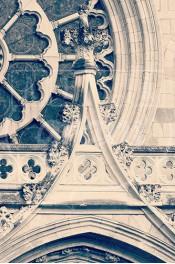Alphabet photographique. Alfagram, lettre A. Objet déco. Un cadeau photo personnalisé et original. Cathédrale à Paris